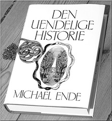 The NeverEnding Story (Elbk) Tags: book chain fantasy pendant auryn theneverendingstory michaelende denuendeligehistorie