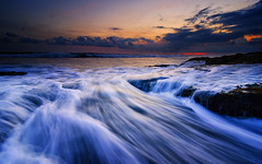 Senja di Pantai Lima (eggysayoga) Tags: sunset bali seascape motion beach indonesia landscape nikon lima wave tokina filter lee nd pantai waterscape gnd canggu 1116mm d7000