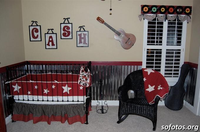 decoração de quarto de bebe música