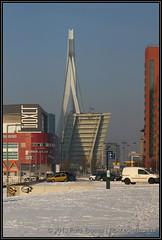 2013-01-23 Rotterdam - Erasmusbrug (Topaas) Tags: winter rotterdam sneeuw erasmusbrug posthumalaan sonya77 sonyslta77 sonyslta77v