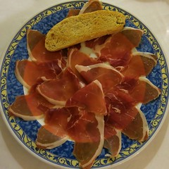 I just love my jamon iberia (agustago) Tags: travel red spring spain starter traveling jamon iberia agustago agustagudrunphotography