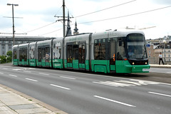 Linz AG Linien 003 [Linz tram] (Howard_Pulling) Tags: linz austria nikon july tram trams strassenbahn austrian linzag 2013 linzaglinien howardpulling d5100