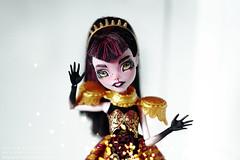 black queen OOAK (teatimealchemist) Tags: custom repaint ooak doll monster high monsterhigh mattel draculaura