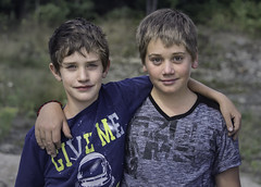 160815_045 Friends (MiFleur...Thank You for 2 Million Views) Tags: friends amis children boys beautifuleyes faces portrait