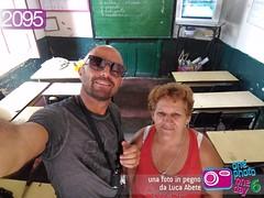 Foto in Pegno n 2095 (Luca Abete ONEphotoONEday) Tags: scuola cuba classroom teacher insegnante banchi school 25 agosto 2016 2095 selfie l