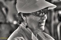occhiali a SPECCHIO (eliobuscemi) Tags: volto faccia espressione cappello sorriso profilo