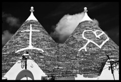 Symbols (albireo 2006) Tags: two symbols trulli alberobello italy italia puglia blackwhitephotos blackandwhite blackandwhitephotos blackwhite bn bw