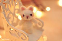 Please, love me! . (Au Aizawa) Tags: handmade needlefelting wool felt mascot cat neko kitty bokeh