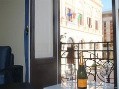 Trapani_Sicilia_occidentale_appartamento_La_Casa_del_Sindaco_municipio_aperitivo_vacanze_affitto (SI!cilia la terra dei s) Tags: sicilia affitto vacanze turismo appartamento casa trapani sicily rent holiday vacation tourism house apartment