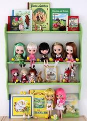 The little green Easter shelf
