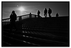 shadow walkers (Vitorio Benedetti) Tags: bridge venice blackandwhite bw italy backlight shadows highcontrast pb