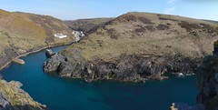 Boscastle harbour (Antony Dovgal) Tags: uk spring cornwall april boscastle