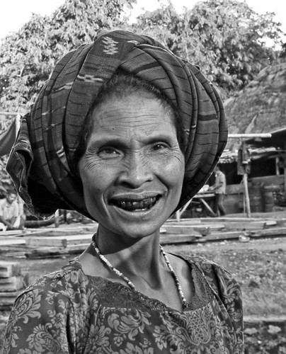 Ngada woman chewing Betel nuts