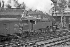 BR Standard Tank Locomotive. (piktaker) Tags: essex southend lts westcliff southendonsea britishrailways westcliffonsea 264t 80077 brstandard4mt londontilburysouthendrailway