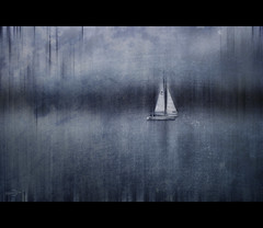 Close to the Wind (Photofreaks) Tags: blue water germany boats deutschland essen sailing district ships sail ruhr ruhrgebiet segeln segel ruhrpott segelschiffe segelboote baldeneysee essenadruhr