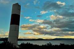 Gua del Beagle (josehmax) Tags: light patagonia beagle faro puerto channel puertowilliams canalbeagle patagoniachilena ptowilliams