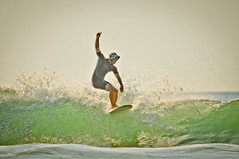 Longboard (soul6444) Tags: ocean france poster soleil photo nikon eau surf photographie photos images bateaux 64 souvenir session vague vagues plage basque beau biarritz cole cours tourisme paysbasque photographe ecume atlantique ocan basques aquitaine surfeur paysbasques aquatique villabelza ecumes grossesvagues coledesurf photosdesurf lagoondy wwwlagoondyphotoscom yodcommunicationcom