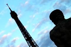 15 dias en Paris 72 (Ivn Ramrez) Tags: pars francia france ivanramirez canon 70d 2470 verano summer holidays 15 dias days ciudad city luz light loveparis eiffeltower torreeiffel blue azul nube clous