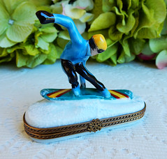 Limoges France Peint Main Trinket Box ~ Limited Edition ~ Retired ~ Snowboarder (Donna's Collectables) Tags: limoges france peint main trinket box ~ limited edition retired snowboarder