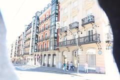 Dans les rues de Bilbao (Calle Buenos Aires) (RW-V) Tags: canoneos70d canonefs1755mm28isusmlens bilbao espaa espagne spanje spain baskenland euskadi street streetscene euskalherria basque 80faves 100faves 120faves