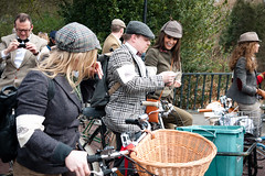 Tweed Run 2013 (grobs gfx) Tags: 1920s london bike bicycle vintage cycling 1930s picnic tea traditional 1940s cycle 1950s tradition brooks tweed tailoring harristweed pashley 2013 velocitygirl atire dapperchap cyclechic cycleculture cyclestyle tweedrun ladyvelo dashingdame