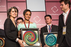 Fay Arjomandi Awarding 2013 Vodafone Wireless Innovation Project Award at the 2013 Global Philanthropy Forum