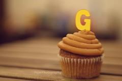 G (Fajer Alajmi) Tags: wood caramel cupcake letter