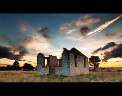 T h e H o l y H o u r (AnthonyGinmanPhotography) Tags: sunset mask ruin stmaryschurch blend luminosity stmaryschurchgoulburn