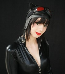 35 2013-03-15 S9 JB 58054#co2 (cosplay shooter) Tags: cosplay cosplayer anime manga comic comics lbm leipzig leipzigerbuchmesse roleplay rollenspiel niciischnickii id505091 selinakyle catwoman batman amaineko id509041 gina poisonivy donboris id352332 madhatter kyuro id116478 arkhamcity liliyes id095440 robin 2500z x201611