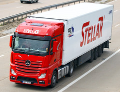 Mercedes Actros new look 8B7 2018 (gylesnikki) Tags: red truck stellar artic mp4