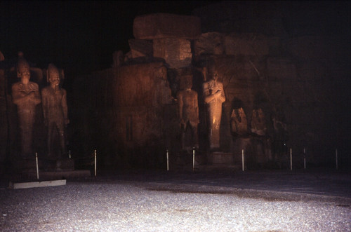 "Ägypten 1999 (304) Karnak-Tempel: 7. Pylon • <a style=""font-size:0.8em;"" href=""http://www.flickr.com/photos/69570948@N04/28139791664/"" target=""_blank"">View on Flickr</a>"