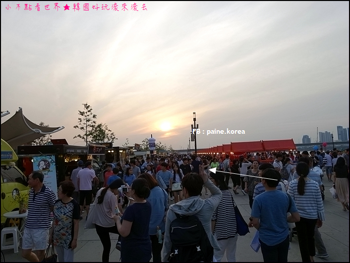 首爾漢江夜市 (20).JPG