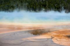 DSC02970 (pezlud) Tags: yellowstone nationalpark landscape geyserbasin grandprismaticspring midwaygeyserbasin geyser park
