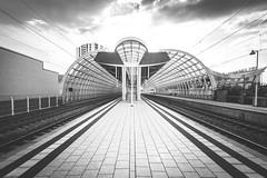 Bend Over (sfp - sebastian fischer photography) Tags: urban ludwigshafenamrhein bahnhofmitte sbahnhof einkaufszentrum architecture trainstation architektur bahnhof ludwigshafen sbahn walzmhle lumpehafe