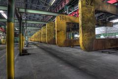 schwebende Bgel (rivende) Tags: rivende eos 500 d industrie verlassenurbexeisenschmelz