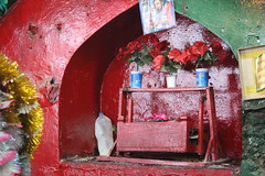 A random Click (Omair Anwer) Tags: lal shahbaz qalander mazar tomb sehwan sharif sufi sufism