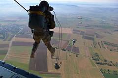 160922-A-RY767-320 (U.S. Department of Defense Current Photos) Tags: specialoperationscommandafrica socaf army airborne germany specialforces sof skydive stuttgart badenwurttemberg de