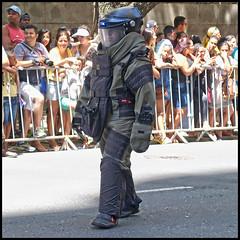 (wilphid) Tags: salvador bahia brasil brsil 7desetembro ftenationale dfil arme vhicules militaire police rue