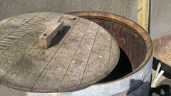Oak Rainwater Butt (Comfort Solutions Ireland) Tags: oak timber butt lid rainwater removable