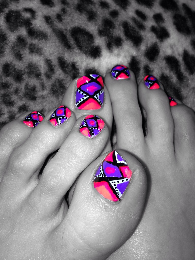 Beautiful Toe Nail Designs Neon Image Collection - Nail Art Ideas ...