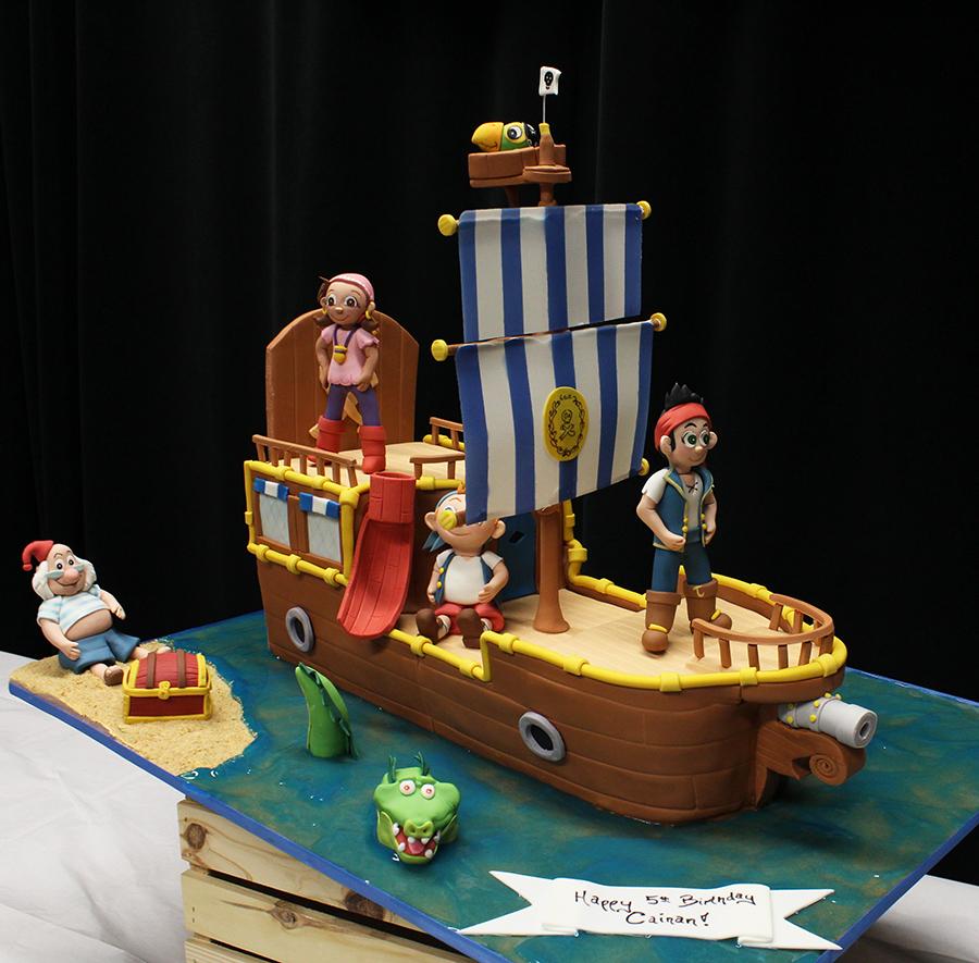 Easy Pirate Boat Cake