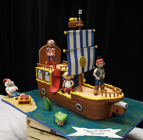 Jake and Pirates Boat Cake