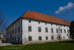 Grad Crnelo (gregork.) Tags: blue sky panorama landscape slovenia grad oblaki turnše