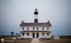 Bodie Island Lighthouse | Outer Banks, NC (The Uprooted Photographer) Tags: lighthouse house tower history beach architecture nationalpark nc nps stripes northcarolina historic outerbanks obx capehatteras bodieislandlighthouse bodieisland lighthousetrek blackandwhitestriped