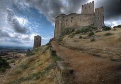 Castillo de Loarre (christian&alicia) Tags: castle nikon huesca sigma 18200 castillo hdr osca aragón loarre arago d90 christianalicia