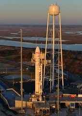 Antares on Pad 0A (Orbital Sciences) Tags: mars orbital antares wallops