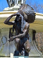 Native American, Hartford, Connecticut (Timbo_a_go_go) Tags: fountain statue bronze pose looking native feathers american