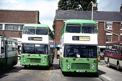 Wrexham Twins (Moving Britain) Tags: wrexham crosvillewales ymb501w dvg513 ymb513w dvg501