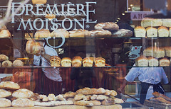 Vitrine (Gabriela Tulian) Tags: canada reflection window french bread commerce montreal bakery bakers workingpeople premiremoisson