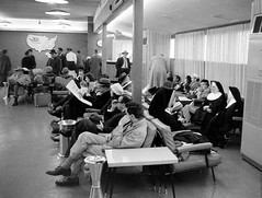 Chicago Midway Airport - Delta Airlines - Waitng Area (twa1049g) Tags: 1956 deltaairlines chicagomidwayairport